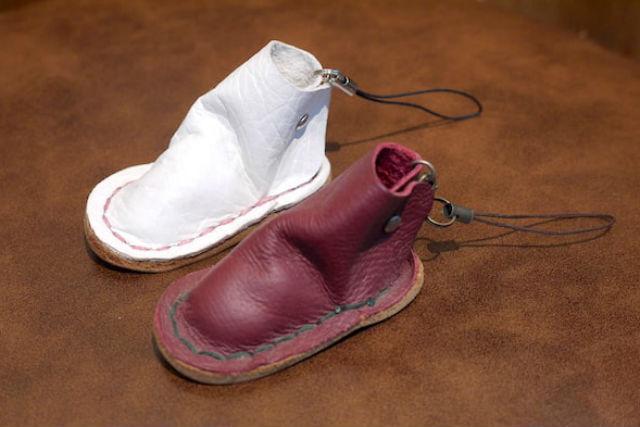【愛知・名古屋・レザークラフト入門】靴職人が指導!ミニチュア靴のストラップ作り
