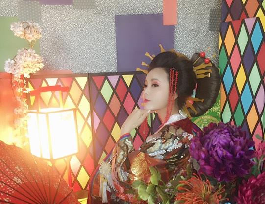 【東京・足立区・花魁体験】豪華絢爛なNeo花魁に変身!2L判写真 ...