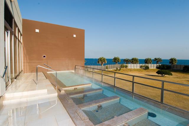 日帰り入浴施設が近いビーチ   三浦半島ビーチマップ